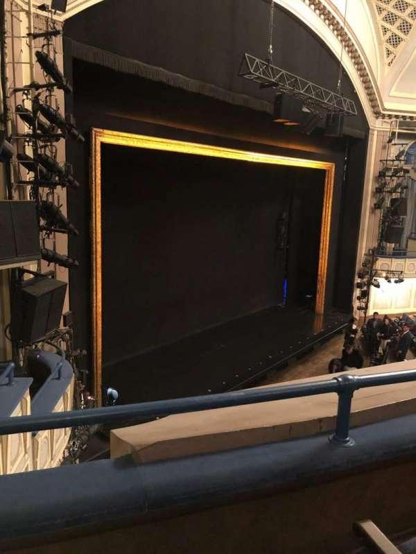 Ambassador Theatre, secção: Front Mezzanine L, fila: B, lugar: 13