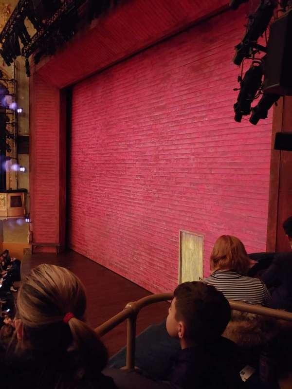 Shubert Theatre, secção: Box, fila: D, lugar: 3