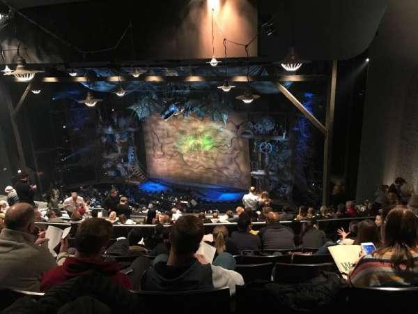 Gershwin Theatre, secção: Mezzanine Right, fila: M, lugar: 22,24
