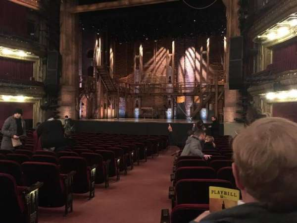 CIBC Theatre, secção: Orchestra R, fila: T, lugar: 2
