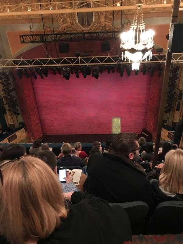 Shubert Theatre, secção: Balcony, fila: H, lugar: 104