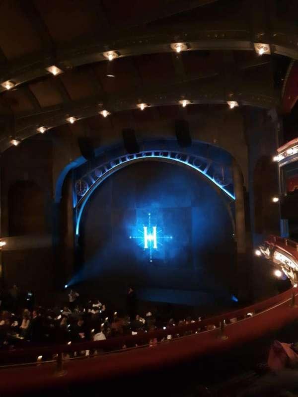 Lyric Theatre, secção: DRESSR, fila: C, lugar: 8