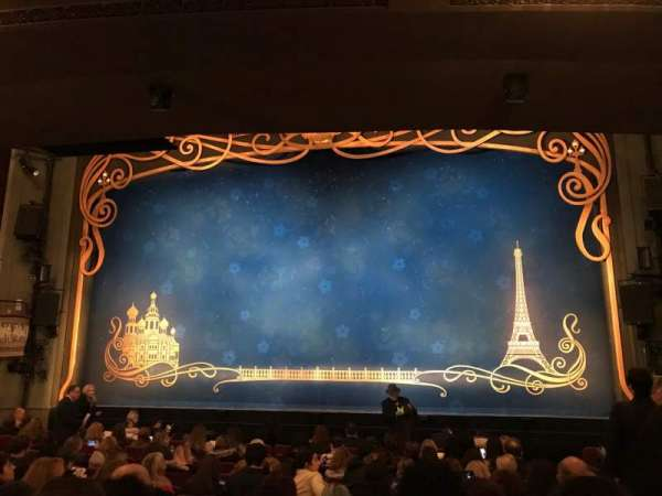 Broadhurst Theatre, secção: Orchestra C, fila: N, lugar: 113