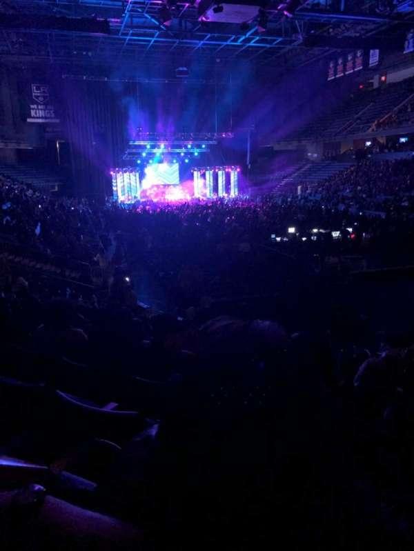 Toyota Arena, secção: 112, fila: M, lugar: 3