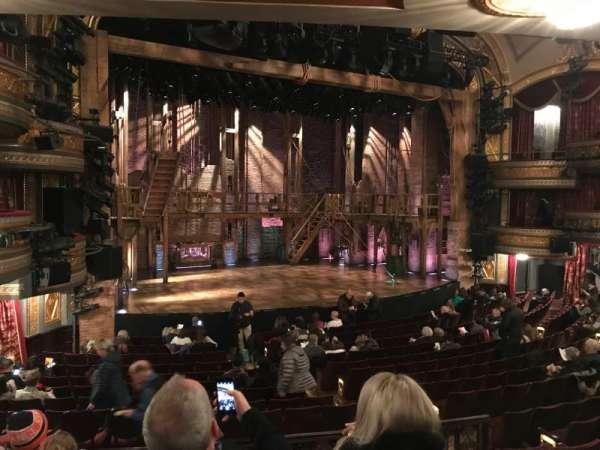 Richard Rodgers Theatre, secção: Orchestra L, fila: Q, lugar: 17-19