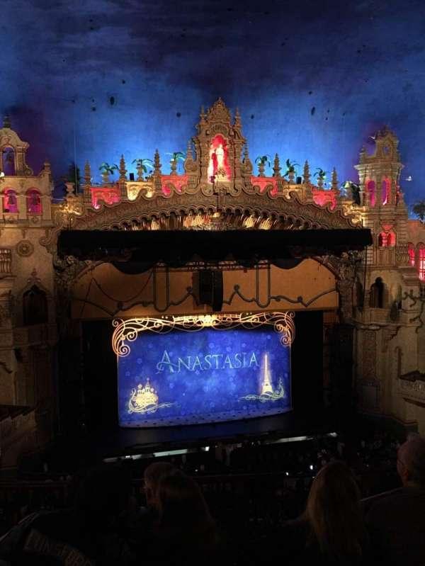 Majestic Theatre - San Antonio, secção: Mezzanine LC, fila: FF, lugar: 4
