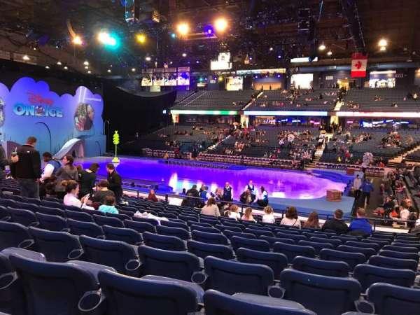 Allstate Arena, secção: 101, fila: N, lugar: 13