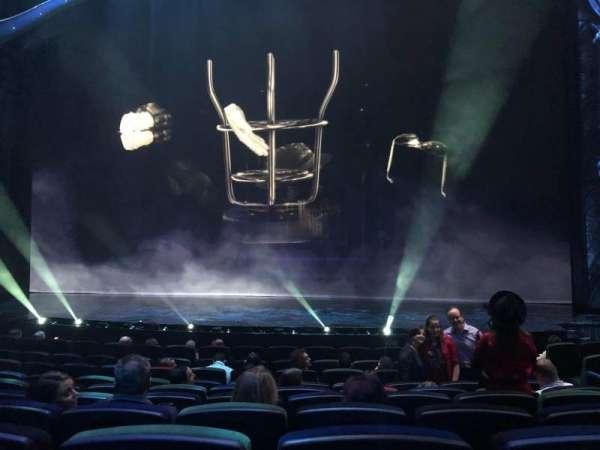 Michael Jackson One Theatre, secção: 102, fila: K, lugar: 20