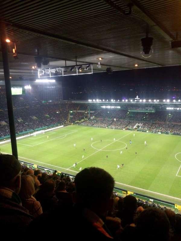 Celtic Park, secção: 406, fila: Z, lugar: 21