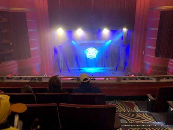 Kansas City Music Hall, secção: LCBAL, fila: E, lugar: 1
