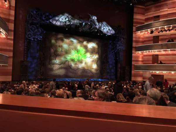 Eccles Theater, secção: Orchestra, fila: SS, lugar: 116