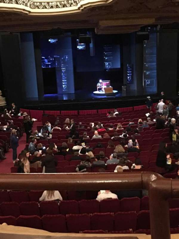James M. Nederlander Theatre, secção: Dress Circle C, fila: A, lugar: 202