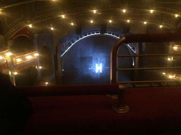 Lyric Theatre, secção: Balcony L, fila: A, lugar: 1