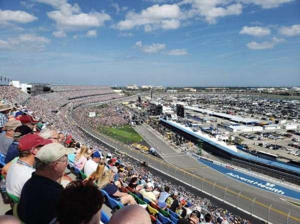 Daytona International Speedway, secção: 482, fila: 40, lugar: 18
