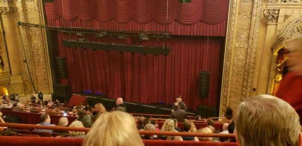 Chicago Theatre, secção: balcony2R, fila: G, lugar: 112