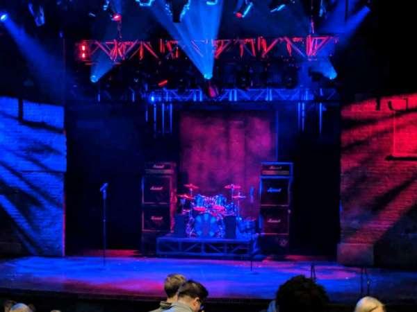 Gillian Lynne Theatre, secção: Stalls, fila: O, lugar: 31