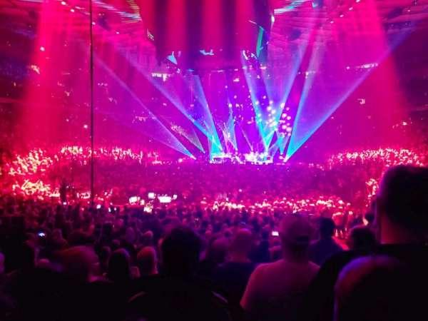 Madison Square Garden, secção: 103, fila: 10, lugar: 8