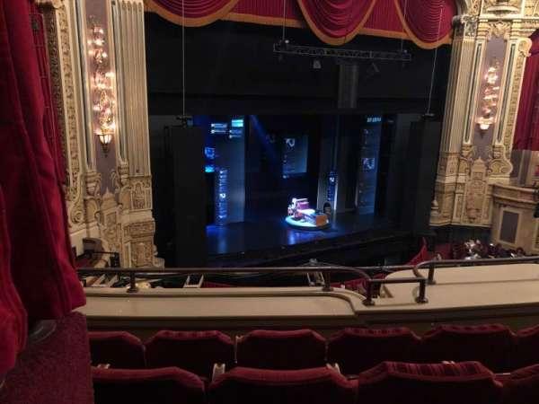 Nederlander Theatre, secção: Loge-L, fila: D, lugar: 363