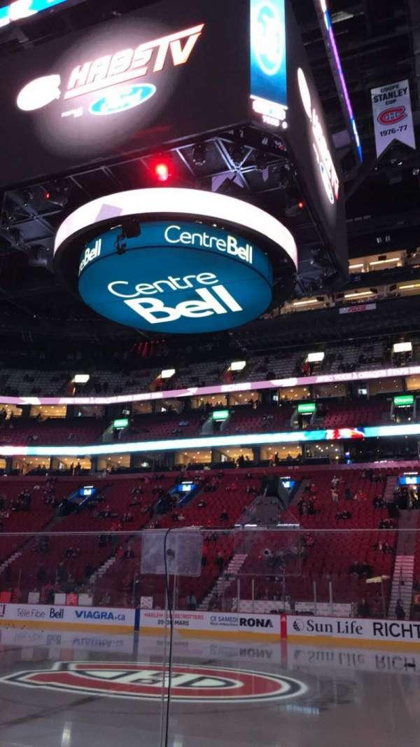 Centre Bell, secção: 124, fila: EE, lugar: 9