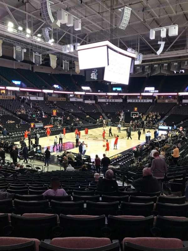 Lawrence Joel Veterans Memorial Coliseum, secção: 111, fila: U, lugar: 6