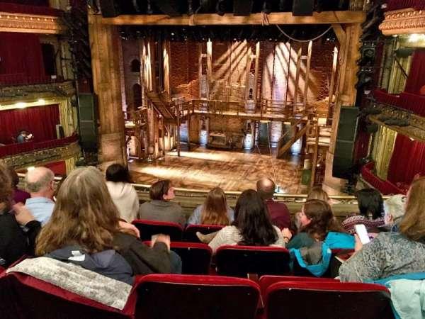 CIBC Theatre, secção: Mezzanine RC, fila: E, lugar: 320