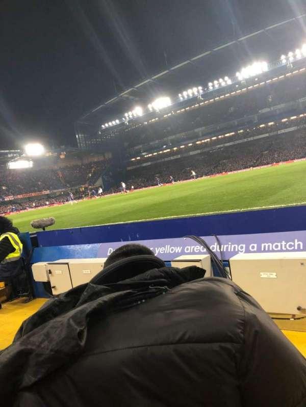 Stamford Bridge, secção: East Lower North, fila: D, lugar: 177