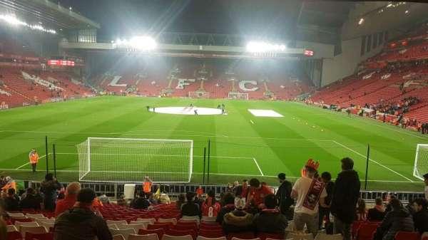 Anfield, secção: 124, fila: 28, lugar: 96