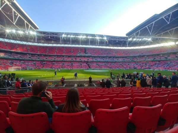Wembley Stadium, secção: 102, fila: 12, lugar: 62