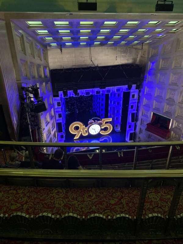 Savoy Theatre, secção: Grand Circle, fila: G, lugar: 27
