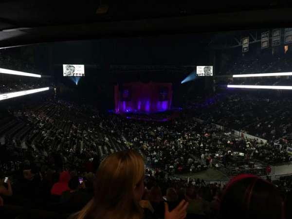 VyStar Veterans Memorial Arena, secção: 110, fila: GG, lugar: 113