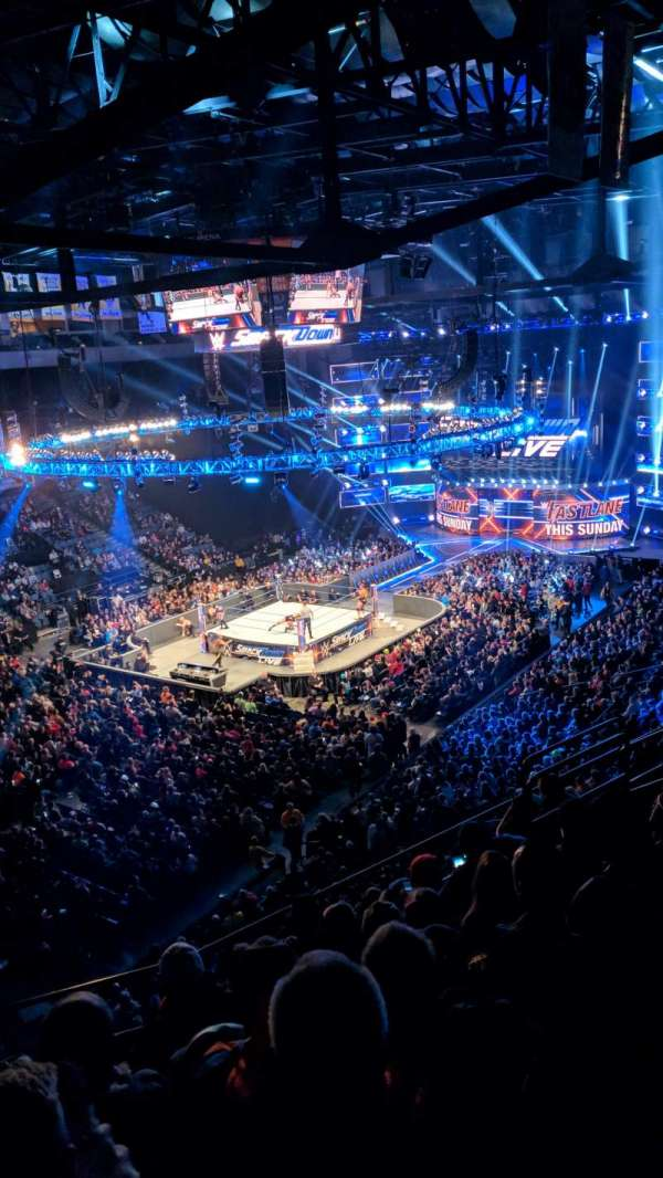 Mohegan Sun Arena at Casey Plaza, secção: 207, fila: G