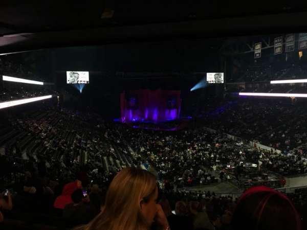 VyStar Veterans Memorial Arena, secção: 110, fila: GG, lugar: 13