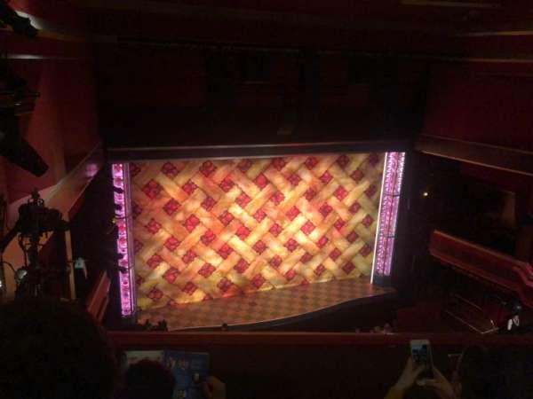 Adelphi Theatre, secção: Upper Circle, fila: C, lugar: 32