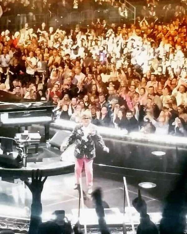 Madison Square Garden , secção: 114, fila: 14, lugar: 16