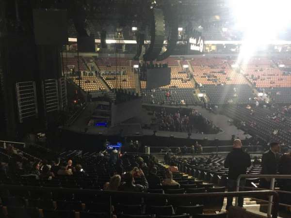 Scotiabank Arena, secção: 110, fila: 26, lugar: 3