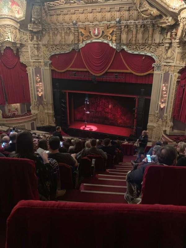 Nederlander Theatre (Chicago), secção: Balcony R, fila: M, lugar: 350