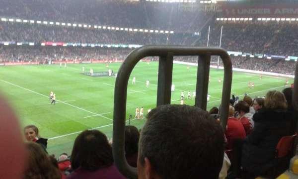 Principality Stadium, secção: M13, fila: 13, lugar: 16