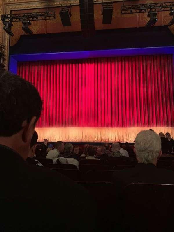 Longacre Theatre, secção: Orchestra C, fila: M, lugar: 106