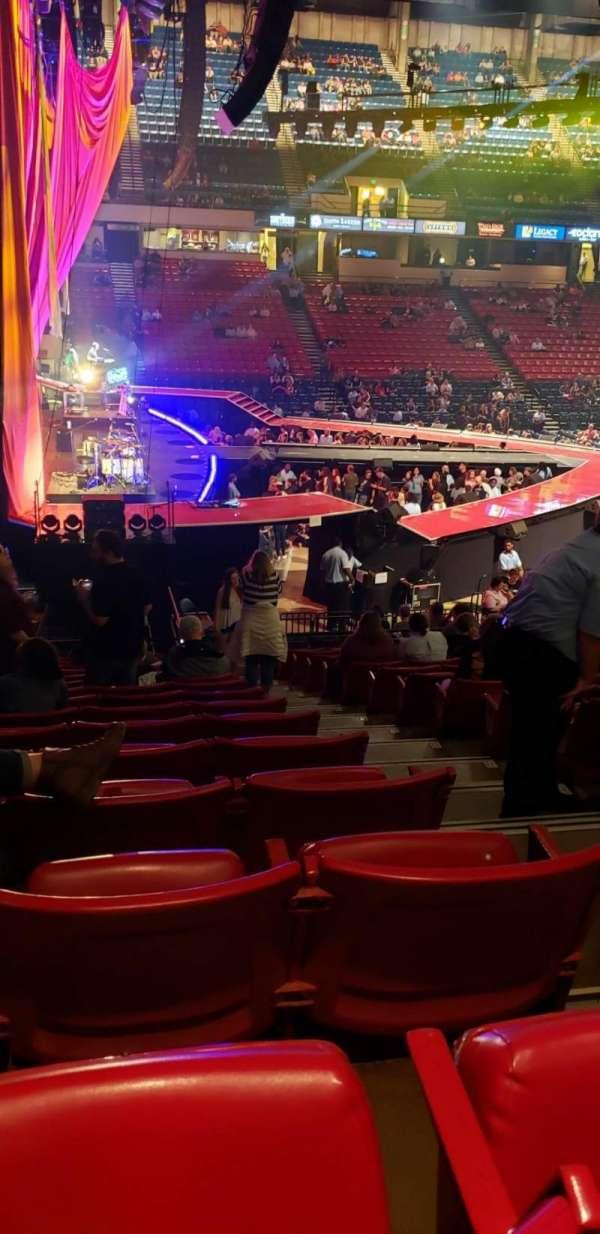 Legacy Arena, secção: 6L, fila: U, lugar: 10