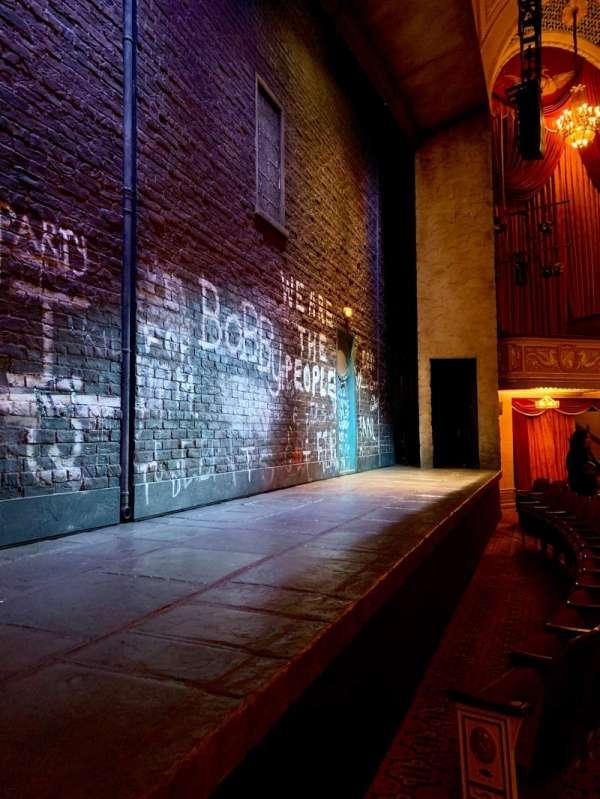 Bernard B. Jacobs Theatre, secção: Orchestra L, fila: B, lugar: 3