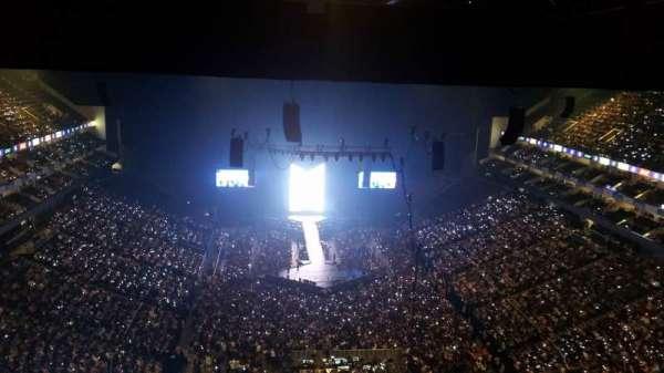 The O2 Arena, secção: 411, fila: T, lugar: 706