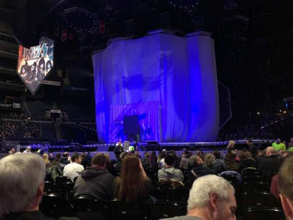 Nationwide Arena, secção: Floor 1, fila: R, lugar: 5