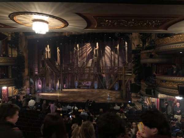 Richard Rodgers Theatre, secção: Orchestra R, fila: R, lugar: 16