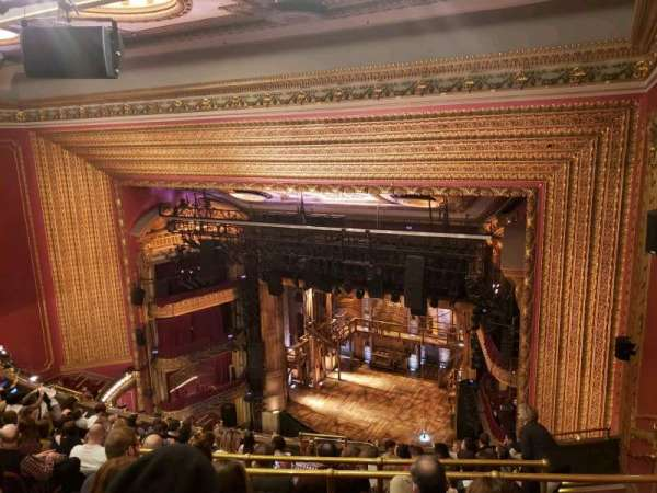 CIBC Theatre, secção: Balcony R, fila: L, lugar: 12