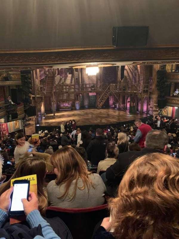 Richard Rodgers Theatre, secção: Orchestra L, fila: T, lugar: 13
