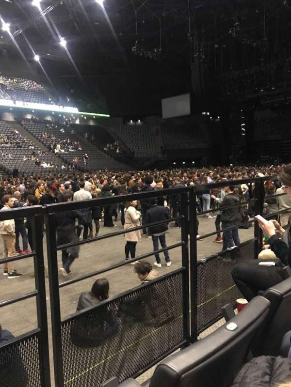 AccorHotels Arena, secção: Carré Or, fila: 27, lugar: 16