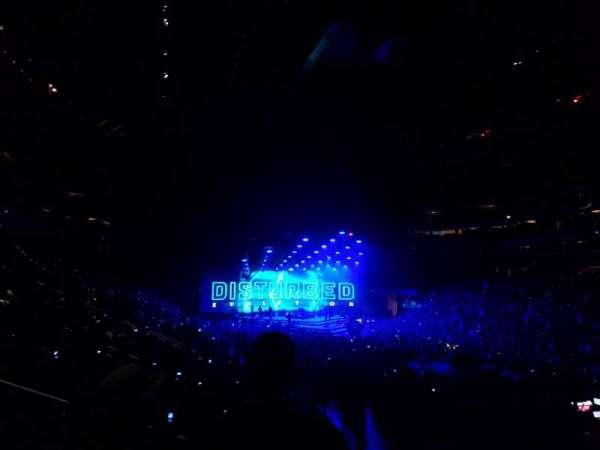 Little Caesars Arena, secção: 115, fila: K