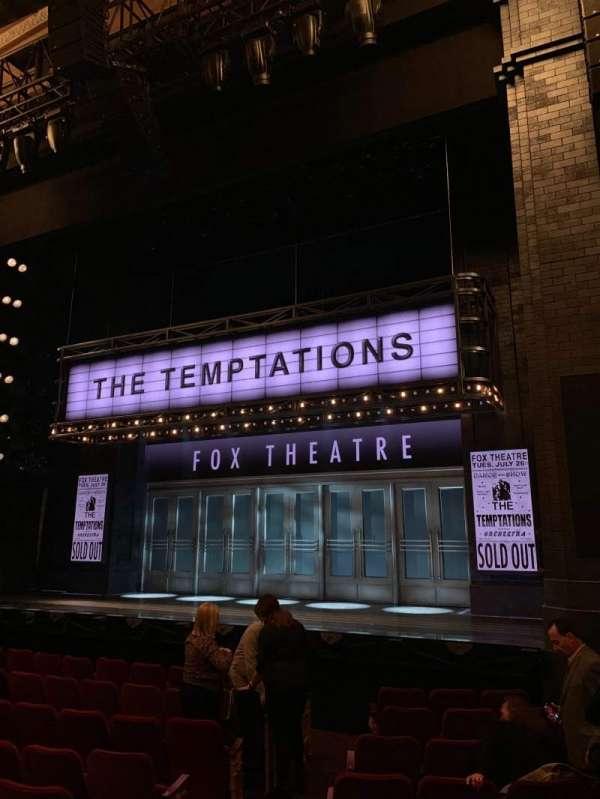 Imperial Theatre, secção: Orchestra side, fila: H, lugar: 6