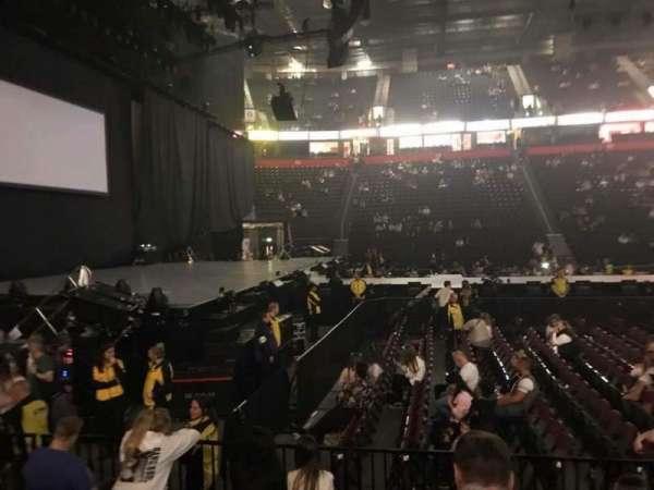 Manchester Arena, secção: 102, fila: F, lugar: 12