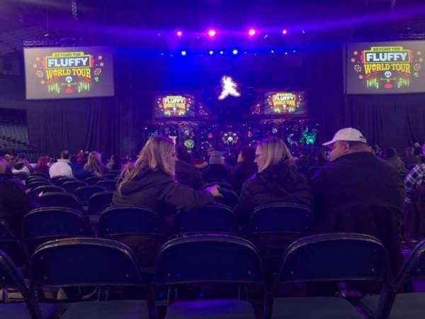 Allstate Arena, secção: 2, fila: 27, lugar: 3